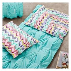 Pintuck Sleeping Bag Pillowcase, Color Me Zig Zag ❤ liked on Polyvore featuring home, bed & bath, bedding, bed sheets, chevron pattern bedding, chevron bedding, zig zag bedding, chevron stripe bedding en colored pillow cases