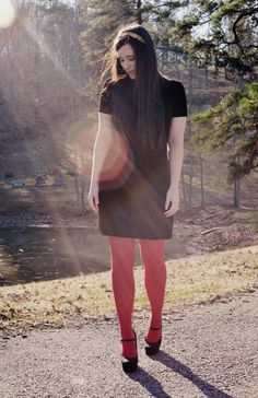Love this girls style & I want a pair of cute red tights!