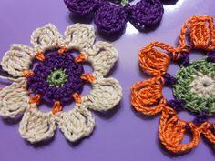 Crochet flowers by knittingbluester