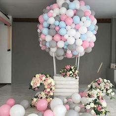 Hot air balloon / Balloon Decor Ideas / Birthday Party Ideas : Balloons are something extraordinary they help us shape our greatest memories are popular elements design it now with 9987874663 Balloon Decorations Party, Birthday Party Decorations, Baby Shower Decorations, Birthday Parties, Baby Party, Baby Shower Parties, Baby Shower Themes, Shower Ideas, Diy Hot Air Balloons