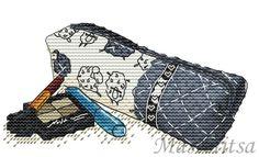 point de croix trousse de maquillage - cross stitch vanity make-up case