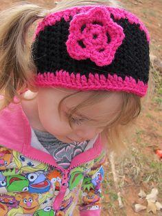 Ravelry: Little Girl's Ear Warmer pattern by Trista Wilmot