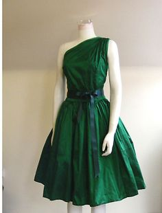 Emerald Silk Cocktail Dress  Made to Order by makemeadress on Etsy    I'm green with envy.