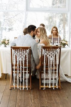 Are you still looking for the perfect decor for your upcoming wedding day? Love the boho look but not sure how to get it? Well, get excite. Boho Wedding Decorations, Wedding Chairs, Wedding Table, Bridal Fashion Week, Wedding Trends, Newlyweds, Boho Decor, Bridal Style, Perfect Wedding