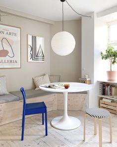 📸: @poppelgade Interior Inspiration, Room Inspiration, Retro Interior Design, Sustainable Furniture, Selling Furniture, Concept Home, Living Room Colors, Dining Room Design, Home And Living