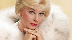 Doris Day made all the arrangements for her funeral before her sudden death at age and she will have no funeral, memorial, or grave marker! Hollywood Icons, Hollywood Star, Hollywood Actresses, Hollywood Glamour, Classic Actresses, Female Actresses, Vintage Hollywood, Classic Hollywood, Doris Day Death