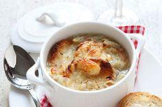 Ricette Tipiche: Zuppa di cipolle gratinata al Monte Veronese @GardaConcierge