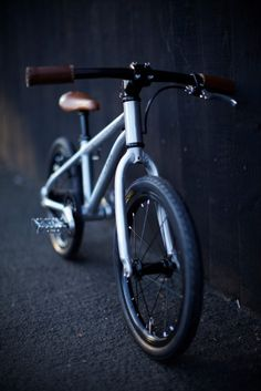 Early Rider Belter - our first pedal bike. Aluminium and carbon, belt drive, under Cheap Motorcycles, Ethical Shopping, Balance Bike, Belt Drive, Ride On Toys, Kids Bike, Bike Design, Geek Chic, Award Winner