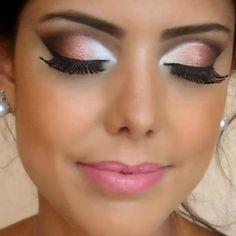 Maquiagem para usar com vestido rosa
