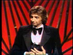 Barry Manilow Wins Favorite Male Pop / Rock Artist - AMA 1978 - YouTube