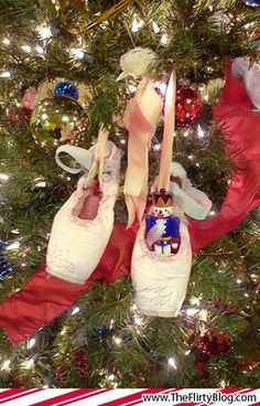 I have a Christmas tree that is completely decorated in ballerina ornaments. Why didn't I ever think of putting my old pointe shoes on it? Sugar Plum Nutcracker, Nutcracker Christmas, Christmas Tea, Christmas And New Year, Christmas Dance, Nutcracker Ornaments, Christmas Holidays, Merry Christmas, Xmas
