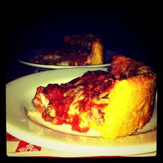 Deep Dish Pizza @ Gino's East in Chicago