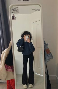 Retro Outfits, Cute Casual Outfits, Chic Outfits, Fashion Outfits, Outfits Leggins, Yoga Pants Outfit, Looks Street Style, Looks Style, Mode Streetwear