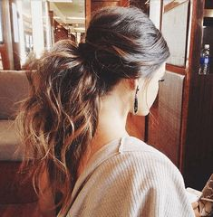 Twisted crown high pony Prettier Than Your Average Pony: 15 Cute And Easy Ways To Pull Your Hair Up • Page 7 of 8 • BoredBug