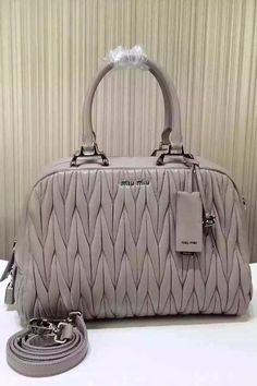 95a6fa8256d6 LuxTime DFO Handbags  High-End