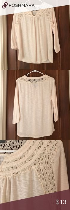 Quarter-length cream shirt 65% polyester. 35% cotton. Quarter length cream shirt. Lace detailing on the top around the neck all the way around. Hits at collar bone, small V in neckline Tops Tees - Long Sleeve