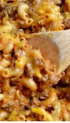Recipe for Crazy Good Chili Mac – You can never have too many quick and easy recipes. This one here may just be my favorite one ever!