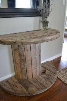 Living Room decor - rustic farmhouse style. DIY rustic spool half round console table