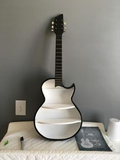 Guitar shelf for my soon to be born son. Guitar shelf for my soon to be born son. Guitar Shelf, Guitar Wall Art, Guitar Crafts, Guitar Diy, Music Furniture, Cool Furniture, Diy Projects For Bedroom, Diy Room Decor, Home Decor