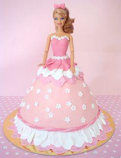 Sugestões de bolos e decorações da Barbie | Inspire sua festa