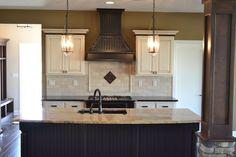 Custom kitchen @ The Bluffton - Columbia Reserve