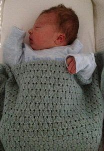 Free knitting pattern for Finlay Baby Blanket