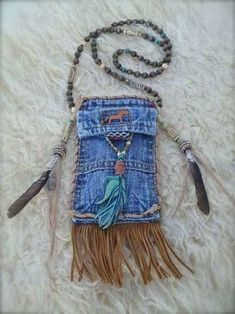 MEDICINE bag denim with FEATHER charm turquoise suede leather beaded necklace Jean Crafts, Denim Crafts, Artisanats Denim, Denim Purse, Medicine Bag, Native American Crafts, Denim Ideas, Jeans Material, Old Jeans