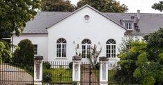 babérliget polány - Google keresés Wedding Places, Cottage, Mansions, House Styles, Google, Home Decor, Wedding Reception Venues, Decoration Home, Wedding Venues