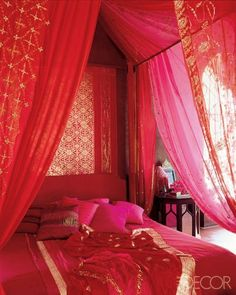 My Color Palette Obsession for Spring : Red and Pink Rooms