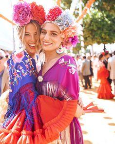 Color is life .life is color Spanish Dress Flamenco, Flamenco Party, Spanish Style, Fashion Dresses, Boho, Manila, Instagram, Lady, Outfits