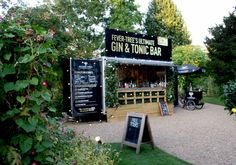 #Fever-tree Ultimate Gin & Tonic pop up bar offered 'Gin Flights' with money going toward making #malarianomore
