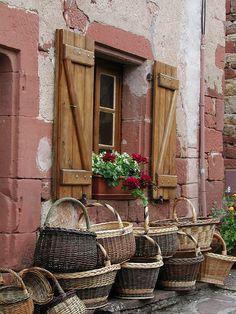 Baskets in Collonges La Rouge