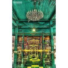 Keraton Kasepuhan   Cirebon   Indonesia #photooftheday #iphonesia #instagramhub #photography #iphoneonly #webstagram #instadaily #instamood #instagood #igers #10likes #picoftheday #tweegram #bestoftheday #igers #instagroove #igdaily #instago #pixoftheday #architecture #history #hdr #hdr_indonesia #gang_kaskus - @is0moto- #webstagram