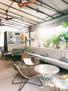 patio inspiration via the avalon hotel. / sfgirlbybay