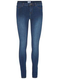 Flex-it nw skinny fit jeans. Skinny denim jeans from VERO MODA. b995222d2