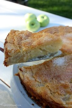 / gluten free french apple cake / adapted from cook's illustrated / rich custardy bottom, a light cake layer and a crisp sugary topping / serve it warm, or at room temperature with a scoop of vanilla bean ice cream or a dollop of whipped cream / Gluten Free Deserts, Gluten Free Sweets, Gluten Free Cakes, Foods With Gluten, Gluten Free Cooking, Dairy Free Recipes, Gluten Free Apple Cake, Gluten Free Apple Crisp, Sugar Free Apple Cake