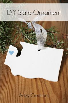 DIY State Ornament by @artzycreations | Last minute ornament ideas | Christmas Decorations