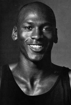Michael Jordan Face, Michael Jordan Pictures, Chigago Bulls, Tattoo Perna, Michael Jordan Basketball, Jordan 23, Old School Pictures, Jeffrey Jordan, Jordan Bulls