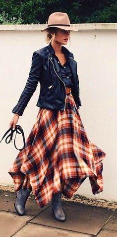 Tartan Plaid Fall Maxi Skirt Street Style   Caroline Receveur