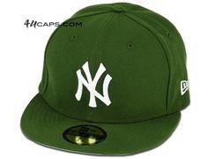Custom New York Yankees Rifle Green 59Fifty Fitted Baseball Cap by NEW ERA x MLB
