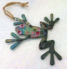 Iridescent Green Fused Glass Hanging Frog £15.00