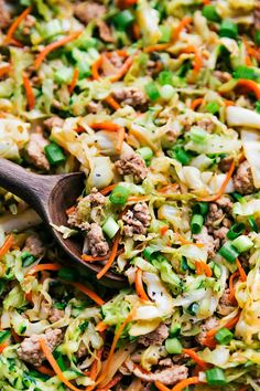Ground turkey is a healthy alternative to ground beef that tastes great! Check out this delicious ground turkey recipe for a family-favorite recipe! If you're looking for a delicious ground turkey … Healthy Turkey Recipes, Mince Recipes, Stir Fry Recipes, Veggie Recipes, Healthy Meals, Keto Recipes, Healthy Cooking, Chicken Recipes, Healthy Food
