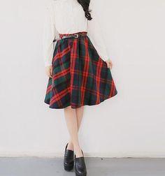 """Résultat de recherche d'images pour """"winter red skirt"""""""