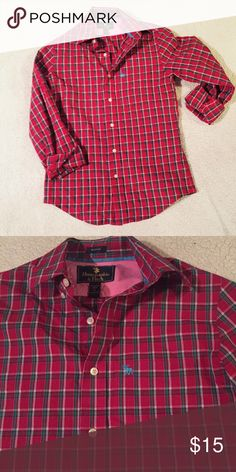 🔲Men's Abercrombie & Fitch Button Down Shirt🔲 This shirt has been worn one Christmas. It is in great condition! Abercrombie & Fitch Shirts Dress Shirts