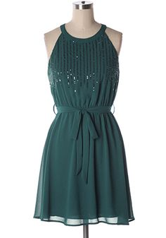 Shop early for your holiday party dress and don't miss out! Lovely silk-blended chiffon dress with sequin details at front. Elastic waist. 75% silk, 25% polyester Not stretchy Lined Hand wash cold; hang dry Indie, Retro, Party, Vintage, Plus Size, Convertible, Cocktail Dresses in Canada NEW: Centerpiece Dress in Green -