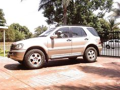 Mercedes ml w163 not lifted but 2 higher for Mercedes benz ml320 tires