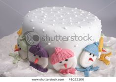 Christmas Cake. Love this- might make the dots more snowflake-like.