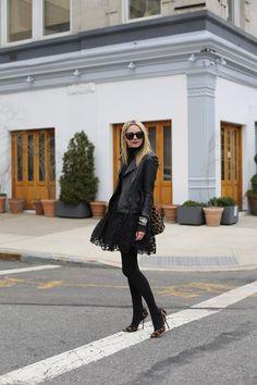 :: black lace ::