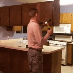 Home carpenter #funny Sports Fails, Image House, Funny Fails, Carpenter, Improve Yourself, Gifs, Home, House, Fun Nails