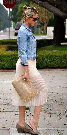 love this look--pleated skirt, jacket & wedges